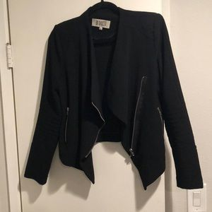 BB Dakota black Draped Cropped Blazer size Large